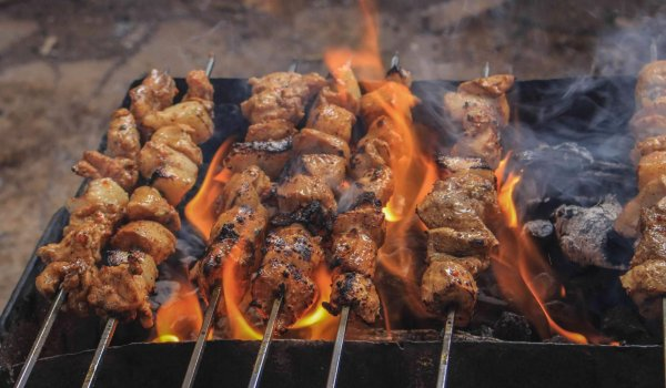 grilled-meats-on-skewers-2233729